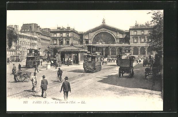 AK Paris, La Gare de l'Est, Strassenbahn am Gare de l'Est
