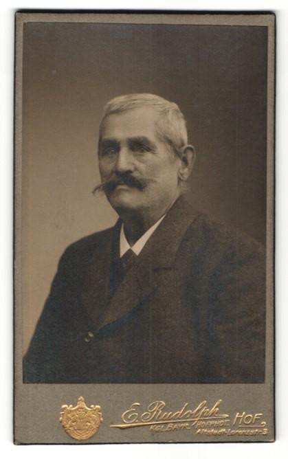 Fotografie Ernst Rudolph, Hof, Portrait alter Mann mit Schnäuzer