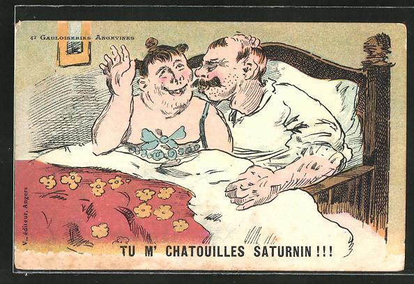 AK Mann und Frau in vertrauter Umarmung im Bett, Erotik