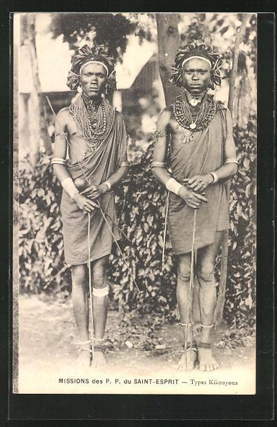 AK Types Kikouyous, afrikanische Männer in Gewändern