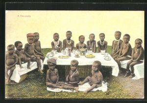 AK Nackte afrikanische Kinder bei einer
