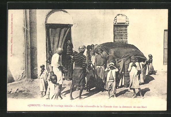 AK Djibouti, Scene de mariage somalis, Entree solonnelle de la Fiancee dans la demeure de son Mari