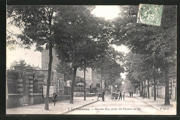 AK La Varenne, Rue du Bac, prise du Chemin de fer, Strassenpartie