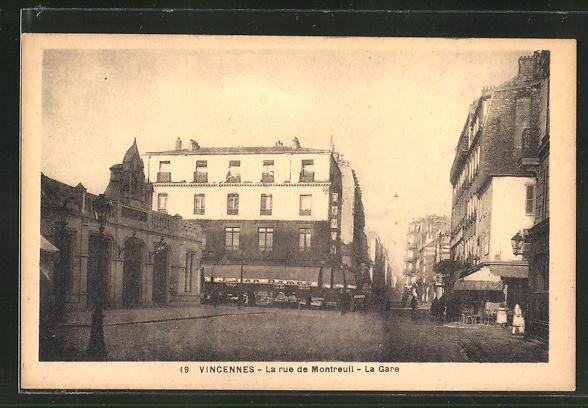 AK Vincennes, La rue de Montreul, La Gare