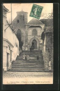 AK Ivry-sur-Seine, L'Eglise, Escalier des 46 marches