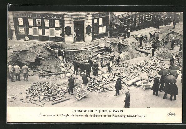 AK Paris, L'Orage du 15 Juin 1914 a Paris, Feuerwehr bei der Arbeit, Zerstörung nach Unwetter
