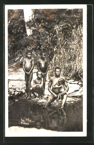AK Bangui, Femmes et enfants à la rivière, afrikanische nackte Frau mit ihren Kindern am Fluss