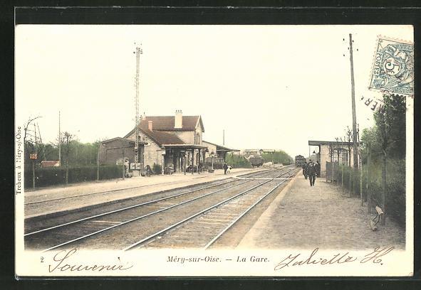 AK Mery-sur-Oise, La Gare, Eisenbahn fährt in den Bahnhof ein