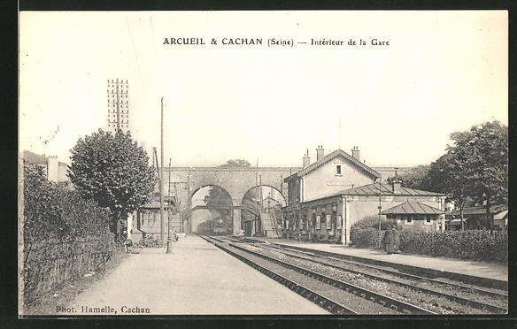 AK Arcueil, Interieur de la Gare 0