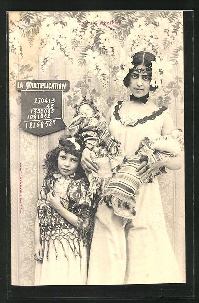 AK Les 4 Regles, La Multiplication, Mädchen mit Puppen