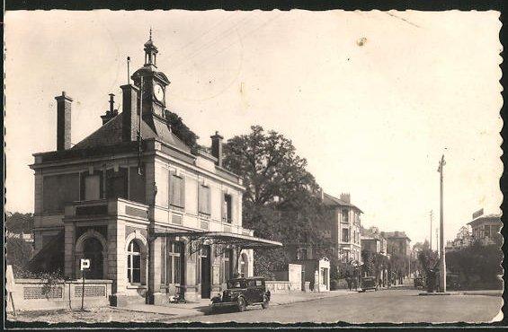 AK Montmorency, La Gare, Bahnhof 0