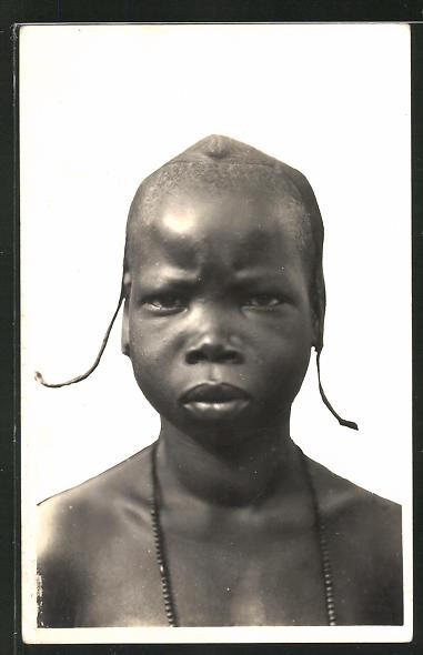 AK Guinee, Jeune Malinke, afrikanisches Mädchen mit typischer Frisur