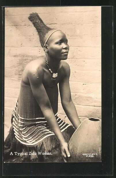 AK A typical Zulu Woman, afrikanische Frau mit typischer Frisur