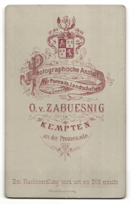 Fotografie O. v. Zabuesnig, Kempten, Portrait junge Frau mit zusammengebundenem Haar 1