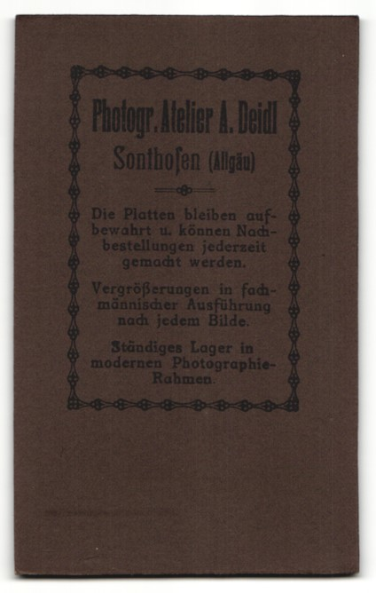 Fotografie Atelier Deidl, Sonthofen, Portrait Kleinkind in Leibchen 1