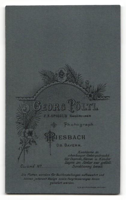 Fotografie Georg Pöltl, Miesbach i. Ober-Bayern, Portrait Junge in Anzug mit Kerze 1