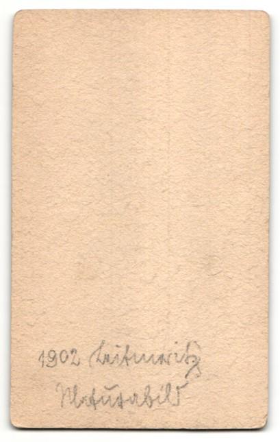 Fotografie Hans Mayer, Leitmeritz, Portrait junger Mann mit Bürstenhaarschnitt 1