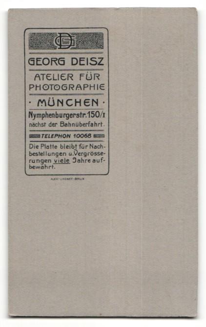 Fotografie G. Deisz, München, Portrait Dame mit Hochsteckfrisur 1