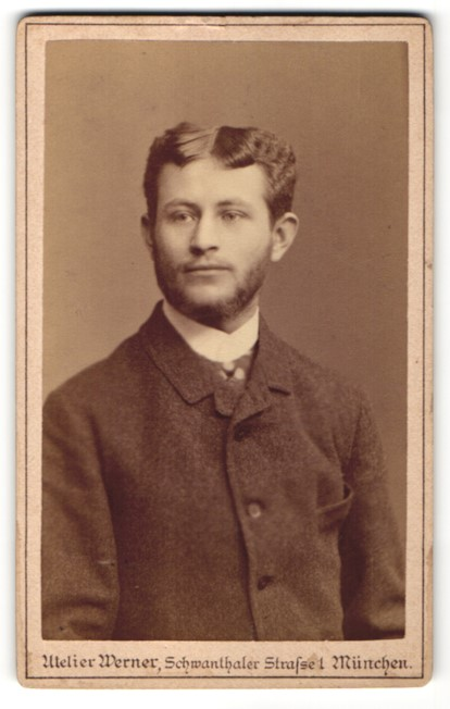 Fotografie Atelier Werner, München, Portrait junger Mann mit zeitgenöss. Frisur