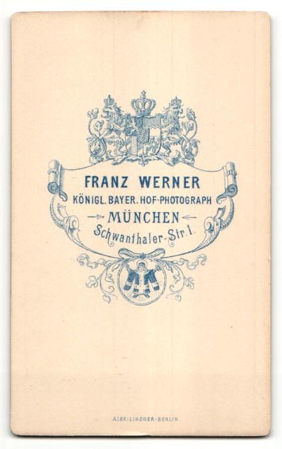 Fotografie Franz Werner, München, Portrait betagter Herr mit Backen- und Oberlippenbart 1