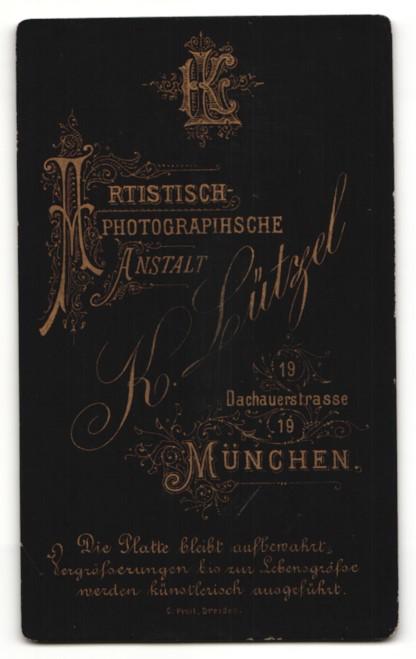 Fotografie Karl Lützel, München, Portrait Frau mit zeitgenöss. Frisur 1