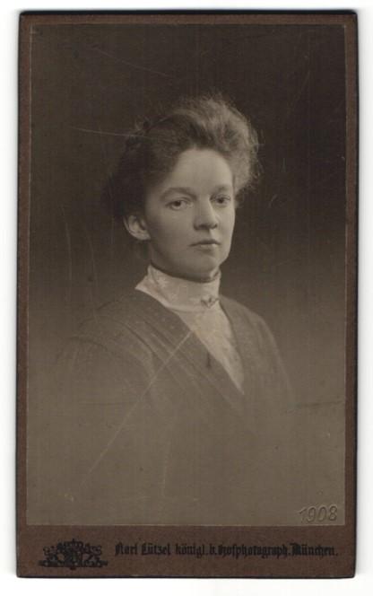Fotografie Karl Lützel, München, Portrait junge Dame mit Hochsteckfrisur