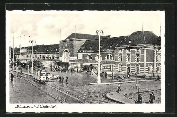 AK Münster, Strassenbahn hält am Bahnhof 0