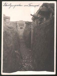 Fotografie Ansicht Tarnopol / Ukraine, Deutscher Schützengraben am Stadtrand, 1.WK