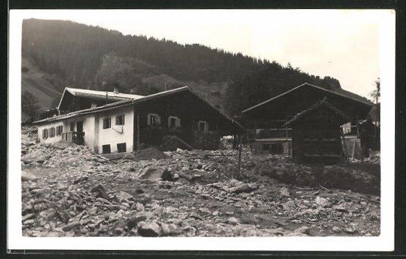 AK Safien, Schäden an Häusern nach einem Unwetter 0