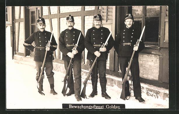 AK Goldau, Soldaten vom Bewachungsdienst in Uniform 0
