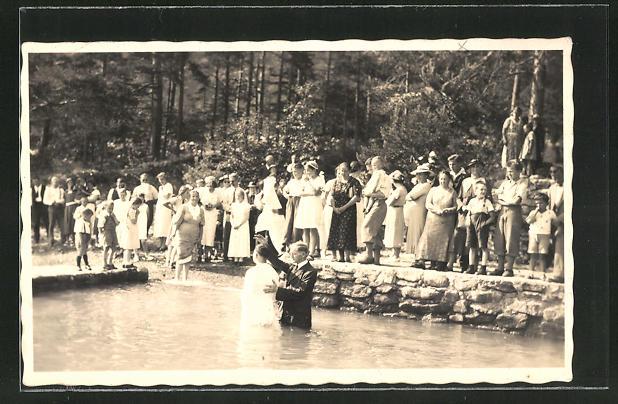 Foto-AK Sundlauenen, Taufe eines Erwachsenen im Thunersee 0