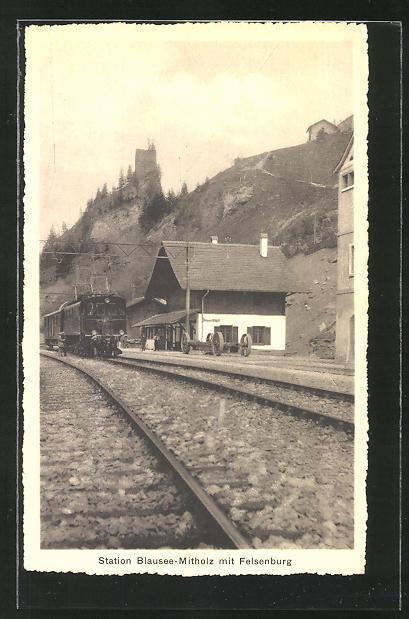 AK Blausee-Mitholz, Bahnhof gegen die Felsenburg 0