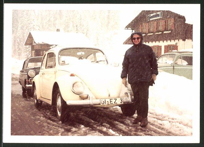 Fotografie Auto VW Käfer, eingeschneiter Volkswagen PKW