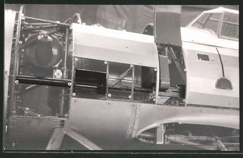 Fotografie Flugzeug in der Produktion, Detail des vorderen Flugzeug's