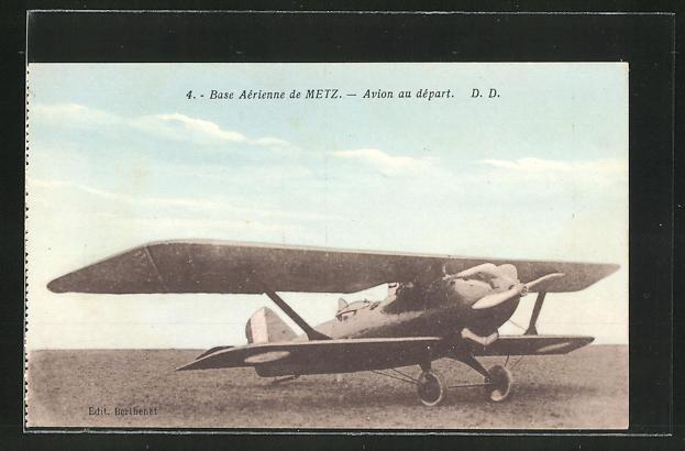 AK Base Aérienne de metz, Avion au départ, Doppeldecker-Flugzeug