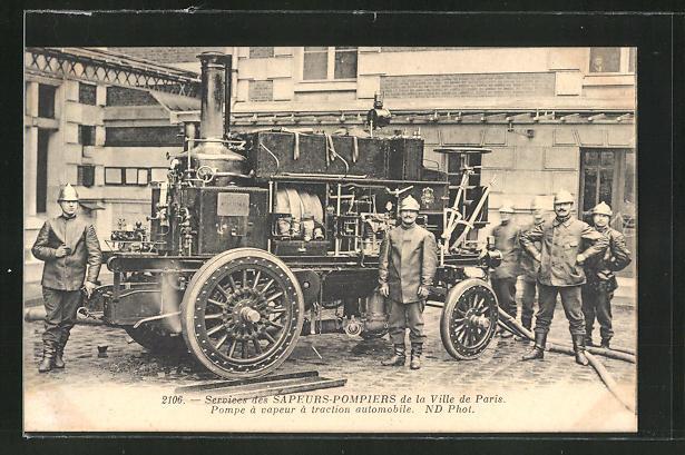 AK Paris, Feuerwehrmänner mit Pumpenwagen, Sapeurs-Pompiers