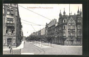 AK Ludwigshafen a. Rh., Prinzregentenstrasse mit Gebäudeansicht und Strassenbahn