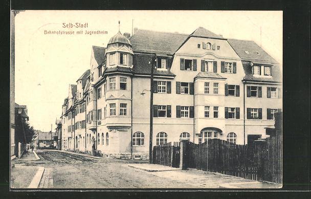 AK Selb-Stadt, Bahnhofstrasse mit Jugendheim