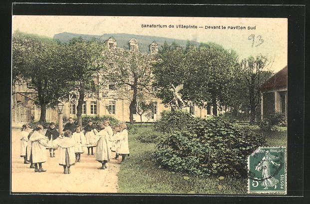 AK Villepinte, Sanatorium, Devant le pavillon sud