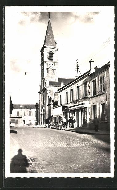 AK Bobigny, Eglise Saint-Andre, Place Gabriel-Peri 0