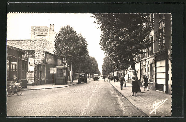 AK Aubervilliers, Avenue Afratole France 0