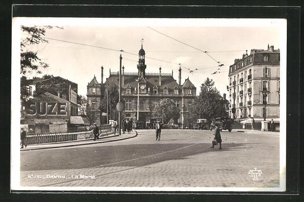 AK Pantin, La Mairie, Ortspartie mit Blick zum Rathaus 0
