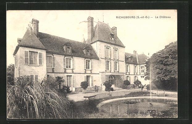 AK Richebourg, Le Chateau, Schloss mit Brunnen 0