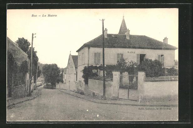 AK Buc, La Mairie, Partie am Rathaus