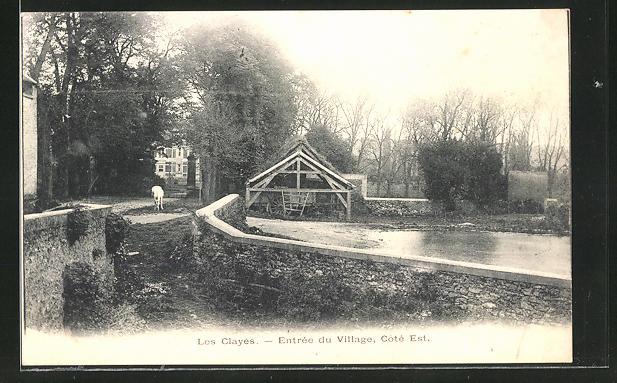 AK Les Clayes, Entree du Village, Cote Est 0