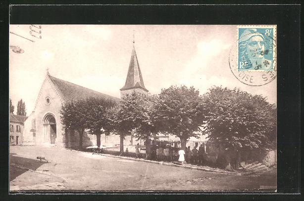 AK Crespieres, L'Eglise, Strassenpartie mit Blick auf die Kirche 0