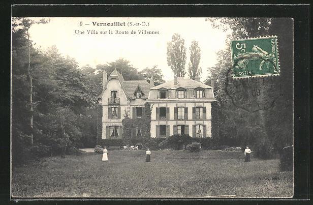 AK Vernouillet, Une Villa sur la Route de Villennes