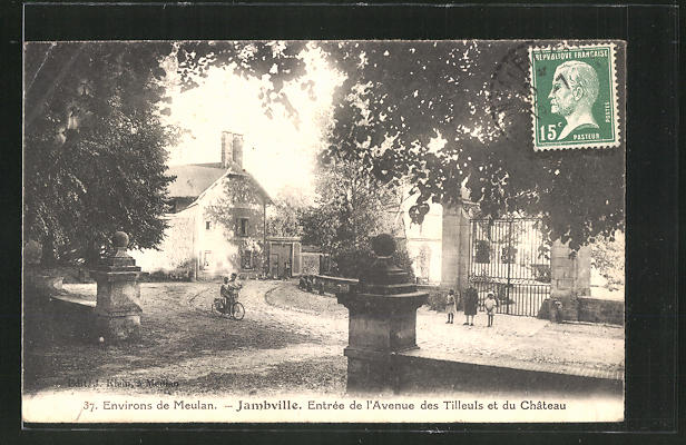 AK Jambville, Entree de l'Avenue des Tilleuls et du Chateau 0