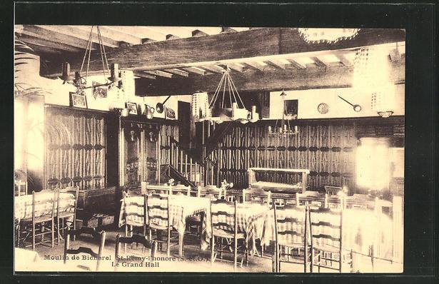 AK Saint-Remy-l'honore, Moulin de Bicherel, Le Grand Hall 0
