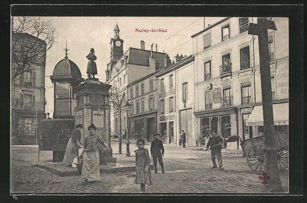 AK Noisy-le-Sec, Statue de Jeanne d'Arc 0